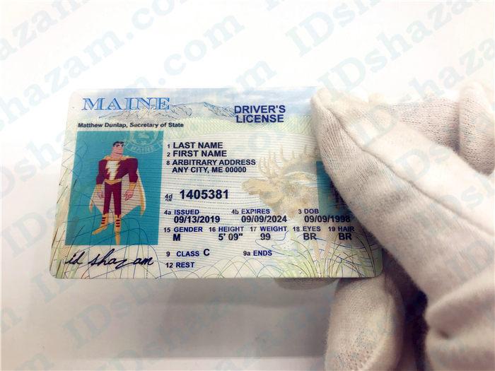 Premium Scannable Maine State Fake ID Card Handheld Display